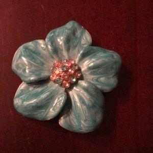 Jewelry - Blue enamel flower pin